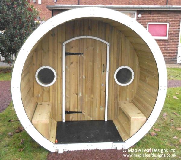 Hobbit-House-with-Door_Web
