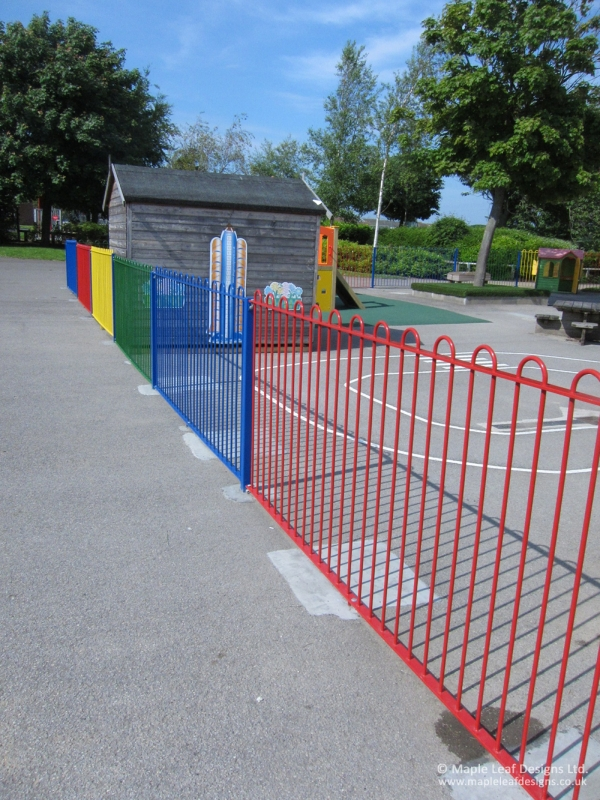 Metal Bow Top Fencing