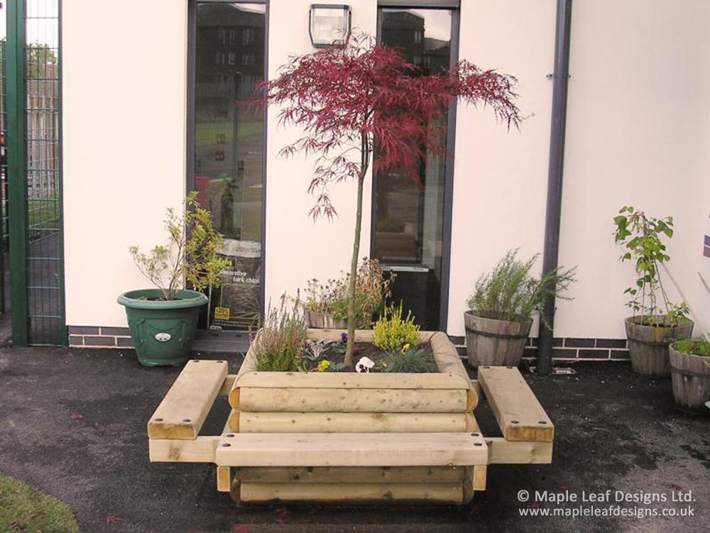 Tree Seat Planter Maple Leaf Designs