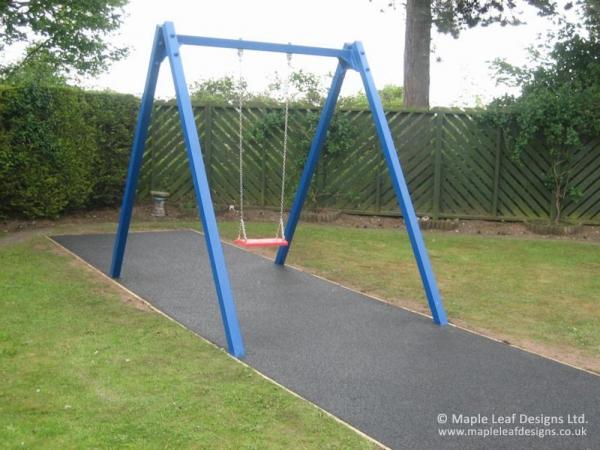 Metal Swing