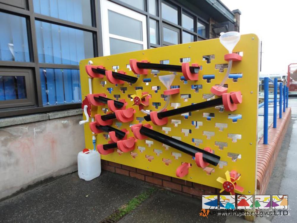 Broad Oak County Primary Interactive Water Wall