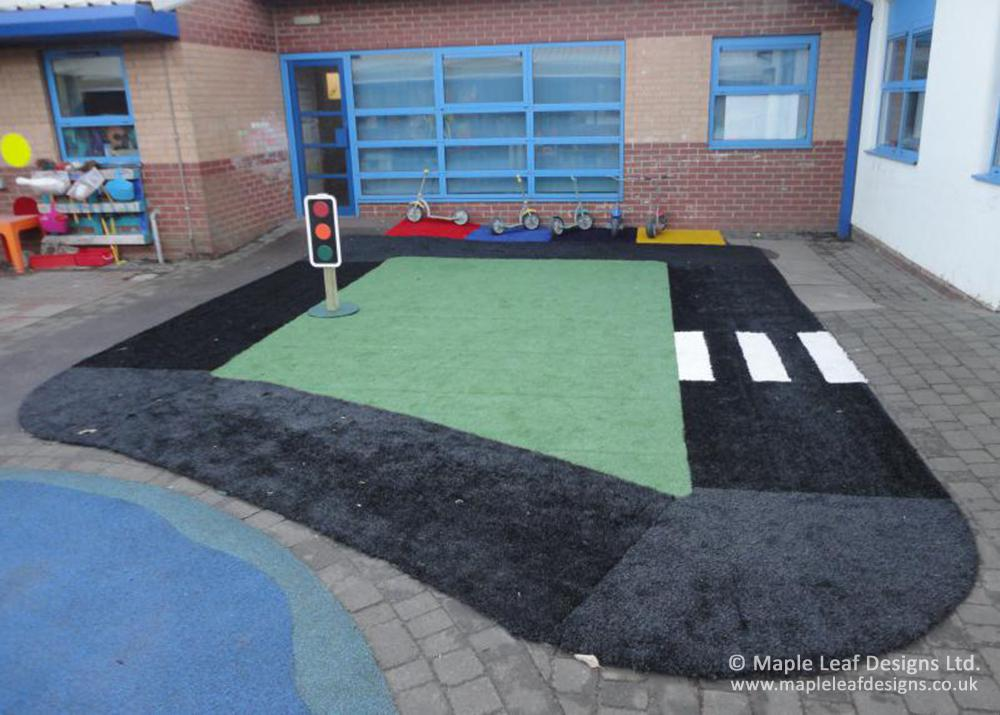 The Willows Primary School Artificial Grass Trackway