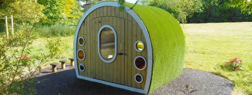 Lockable-Hobbit-House_1